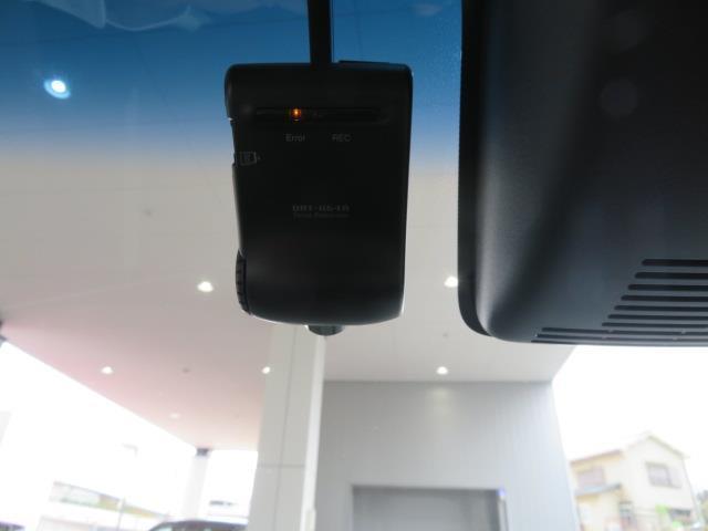 カスタム X ハイパーSAII SAII SDメモリーナビ フルセグ CD・DVD再生 Bluetooth バックカメラ ETC スマートキー LEDヘッドライト ワンオーナー(9枚目)