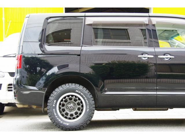 三菱 デリカD:5 シャモニー4WDウッドパーツ後席モニター地デジ新品アルミ