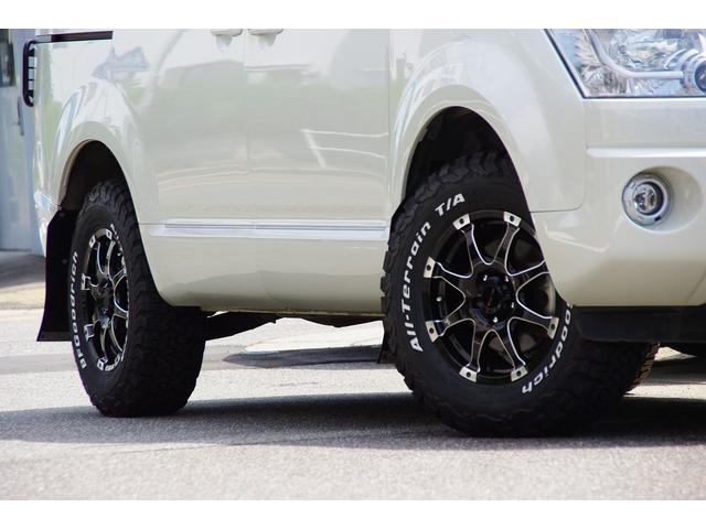 三菱 デリカD:5 MC後GパワーPKG4WD新品MKWアルミテールレンズガード