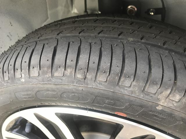 タイヤの溝も充分残ってます。
