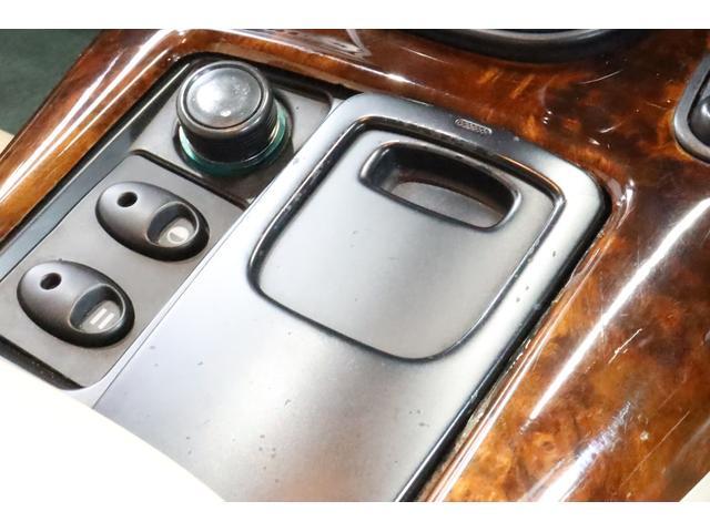 「アストンマーティン」「アストンマーティン DB7」「クーペ」「愛知県」の中古車65