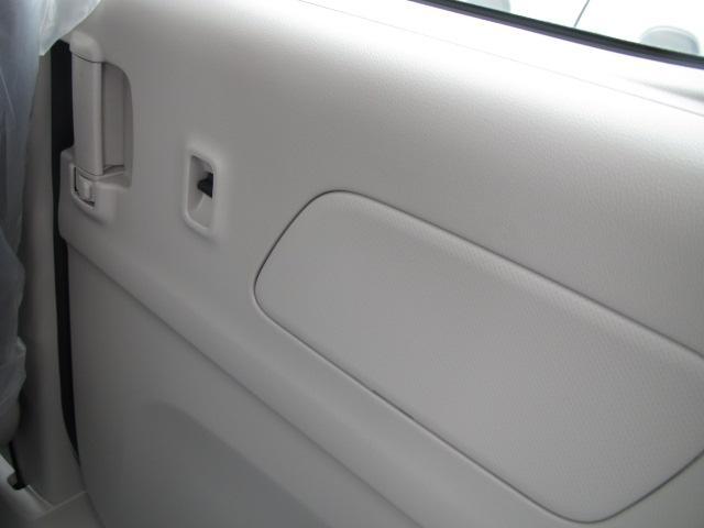 S 届出済未使用車 Eブレーキ付 両側スライドドア(18枚目)