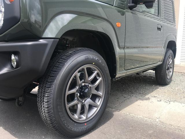 XC  届け出済み未使用車 スマートキー 5速MT 4WD(8枚目)