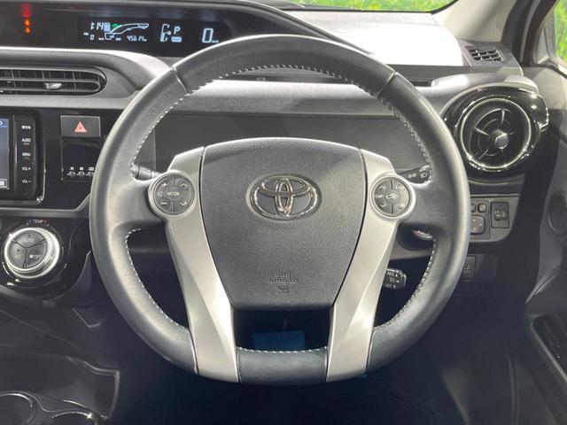 「トヨタ」「アクア」「コンパクトカー」「三重県」の中古車12
