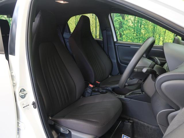 【ファブリックシート】運転席も広々としています。長距離運転をする際は疲れの軽減ができ快適に運転できることができるでしょう^^