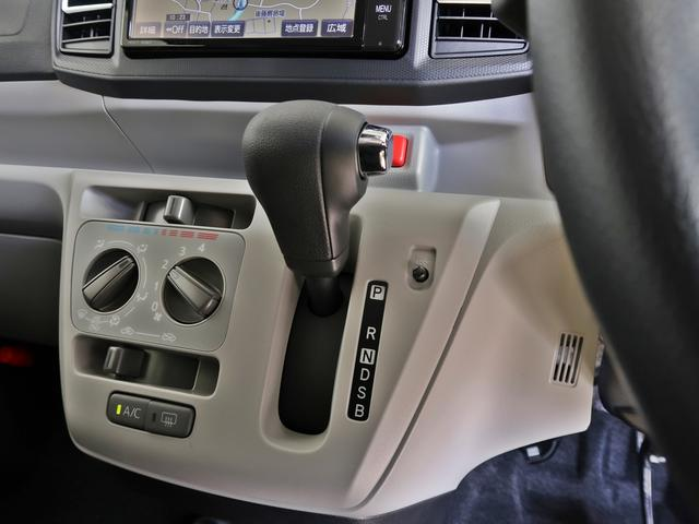 X リミテッドSAIII 4WD SDナビ バックカメラ(12枚目)