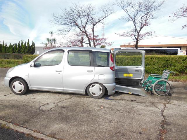「トヨタ」「ファンカーゴ」「ミニバン・ワンボックス」「愛知県」の中古車2
