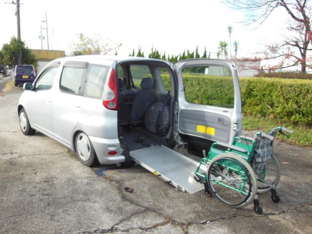 「トヨタ」「ファンカーゴ」「ミニバン・ワンボックス」「愛知県」の中古車3