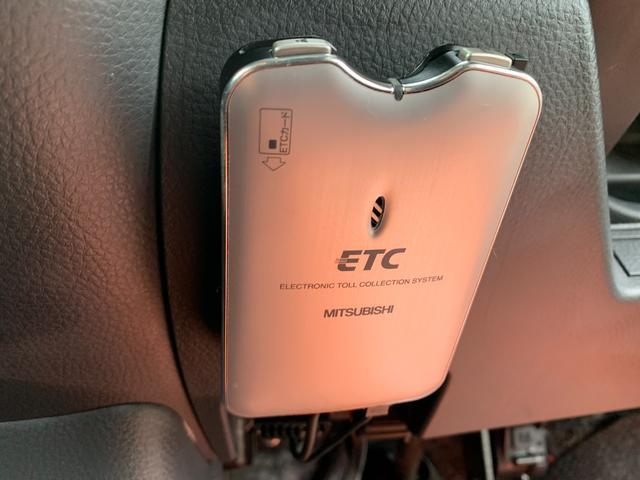 X スマートキー プッシュスタート Tチェーン 衝突安全ボディ 盗難防止 ABS パワステ PW エアコン エアB 電格ミラー HID フォグランプ CD ETC ベンチシート フルフラット 社外アルミ(33枚目)