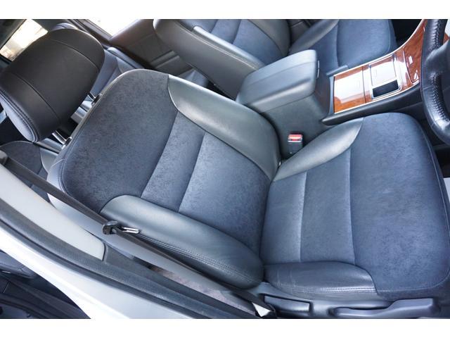S HDDナビスペシャルパッケージ ワンオーナー車両 純正HDDナビゲーション バックカメラ フルセグTV 黒半革シート ビルトインETC 両側電動スライドドア 純正17インチAW キセノンヘッドライト(10枚目)