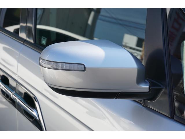 S HDDナビスペシャルパッケージ ワンオーナー車両 純正HDDナビゲーション バックカメラ フルセグTV 黒半革シート ビルトインETC 両側電動スライドドア 純正17インチAW キセノンヘッドライト(26枚目)