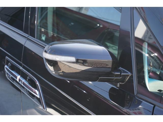 SG HDDナビスペシャルパッケージ 純正HDDナビ バックカメラ 黒半革シート 本革巻きステアリングホイール クルーズコントロール 両側電動スライド VENERDi19インチAW TEIN車高調 キセノンヘッドライト ビルトインETC(26枚目)