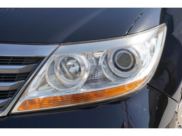 SG HDDナビスペシャルパッケージ 純正HDDナビ バックカメラ 黒半革シート 本革巻きステアリングホイール クルーズコントロール 両側電動スライド VENERDi19インチAW TEIN車高調 キセノンヘッドライト ビルトインETC(28枚目)