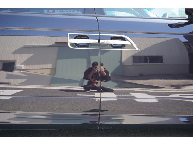 SG HDDナビスペシャルパッケージ 純正HDDナビ バックカメラ 黒半革シート 本革巻きステアリングホイール クルーズコントロール 両側電動スライド VENERDi19インチAW TEIN車高調 キセノンヘッドライト ビルトインETC(63枚目)