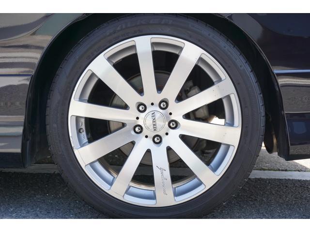 SG HDDナビスペシャルパッケージ 純正HDDナビ バックカメラ 黒半革シート 本革巻きステアリングホイール クルーズコントロール 両側電動スライド VENERDi19インチAW TEIN車高調 キセノンヘッドライト ビルトインETC(78枚目)