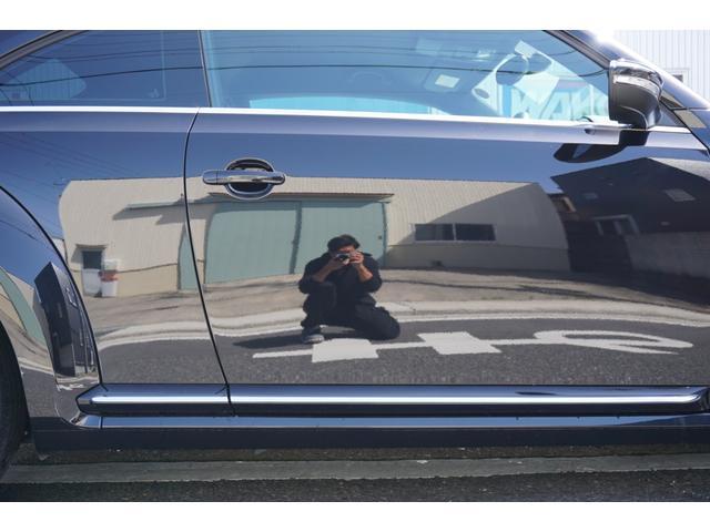 デザインレザーパッケージ 黒革シート&ヒーター 純正オーディオ 本革巻きステアリングホイール パドルシフト バイキセノンヘッドライト 前席左右独立オートエアコン ETC(63枚目)