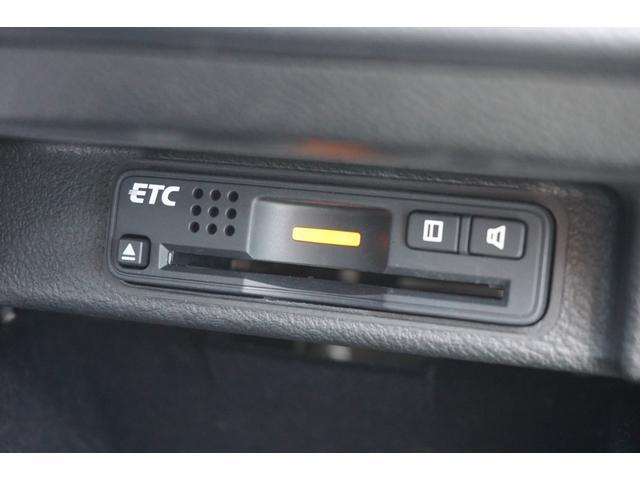 S HDDナビスペシャルパッケージ ワンオーナー車両 後期モデル 黒革パワーシート&ヒーター 純正HDDナビゲーション バックカメラ フルセグTV 後席モニター 両側電動スライドドア キセノンヘッドライト ビルトインETC(49枚目)