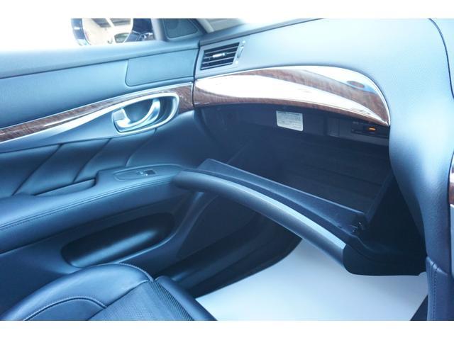370GT タイプS 黒革シート BOSEサウンド シートヒーター&エアコン 純正HDDナビゲーション アラウンドビューモニター フルセグTV 本革巻きステアリングホイール マグネシウム製パドルシフト 専用エクステリア(60枚目)