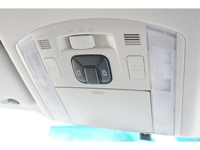 2.4Z トミーカイラフルエアロ&4本出しマフラー 新品KYOHO20インチAW&タイヤ 両側電動スライド ALPINE9型メモリーナビ バックカメラ フルセグTV 革調シートカバー ビルトインETC(9枚目)