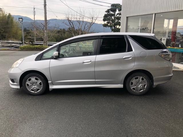 「ホンダ」「フィット」「ステーションワゴン」「三重県」の中古車4