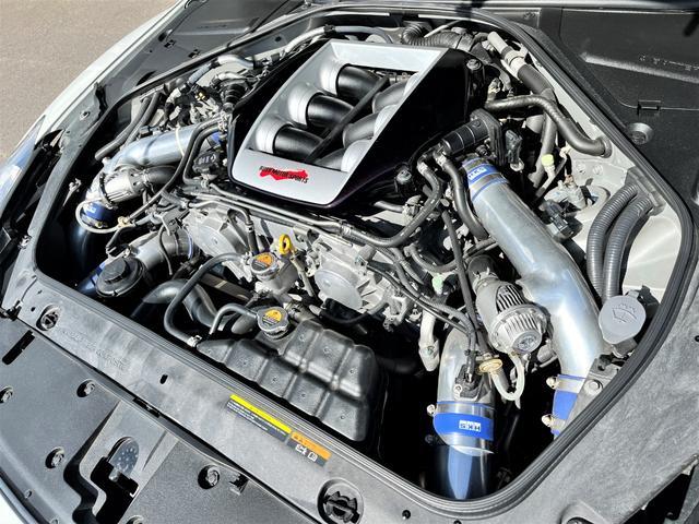 プレミアムエディション HKSGT800キット/845馬力/油圧リフタ/ワイドボディ/後期純正パールホワイト/オリジナル外装(5枚目)