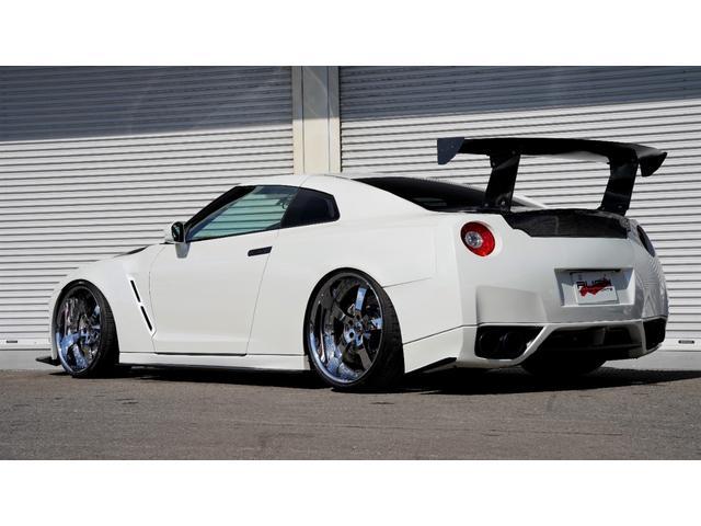 プレミアムエディション HKSGT800キット/845馬力/油圧リフタ/ワイドボディ/後期純正パールホワイト/オリジナル外装(6枚目)