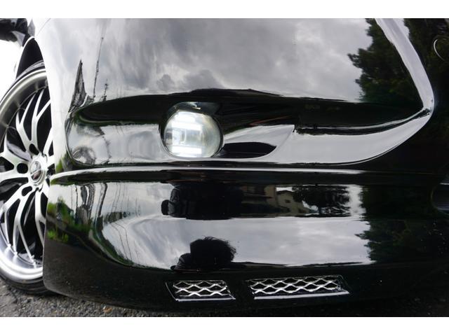 240G LIBERTEコンプリート 新品フルエアロ 新品車高調 新品19AW 新品黒革調 BLACKヘッド&フォグランプワンオフ加工 大型イルミレーション LEDスモークテールランプ チタンルックテールエンド(6枚目)