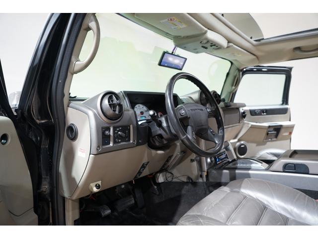 グリルガード LEDヘッド EliteMax22AW マッドタイヤ Bassani2本出しマフラー サンルーフ バネサス サイドステップ バックカメラ イエローフォグ ACパネル移設 3列シート(29枚目)