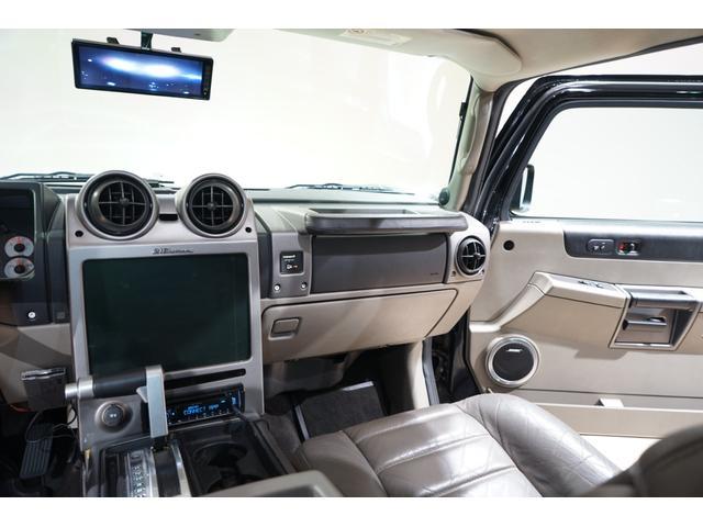 グリルガード LEDヘッド EliteMax22AW マッドタイヤ Bassani2本出しマフラー サンルーフ バネサス サイドステップ バックカメラ イエローフォグ ACパネル移設 3列シート(40枚目)