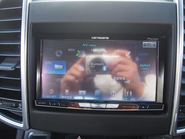ベースグレード カロッツェリアHDD 地デジ Bモニ サイドカメラ ETC クルコン 黒本革 電動シート シートヒーター パワーリアゲート ローダウン 社外21AW 社外マフラー レッドキャリパー 正規D車(40枚目)