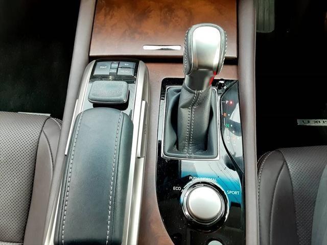 GS250 Iパッケージ 純正ナビ フルセグ レザーシート シートヒーター シートエアコン クルコン パワーシート パドルシフト 衝突軽減ブレーキ Cセンサー ETC フォグランプ オートライト レーンキープ(29枚目)