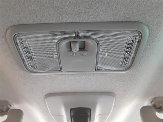 カスタムG-T 1年保証付 スマートアシスト アルパインナビ クルーズコントロール シートヒーター Bluetooth対応 全方位カメラ フォグランプ プライバシーガラス(41枚目)