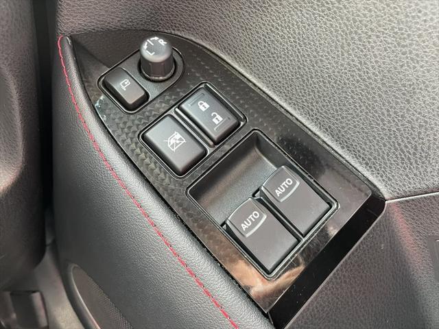 GT 1年保証付 メモリーナビ クリアランスソナー フルセグTV Bluetooth クルーズコントロール パドルシフト LEDヘッドライト セキュリティ(36枚目)