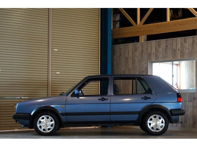 10ミリオン 限定車 内外装オリジナル 左ハンドル 3速AT(2枚目)