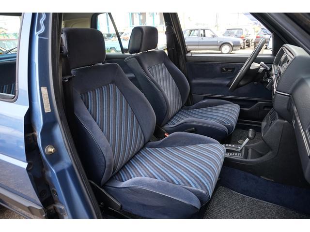 10ミリオン 限定車 内外装オリジナル 左ハンドル 3速AT(8枚目)