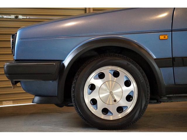10ミリオン 限定車 内外装オリジナル 左ハンドル 3速AT(16枚目)