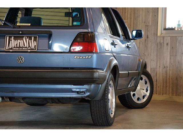 10ミリオン 限定車 内外装オリジナル 左ハンドル 3速AT(17枚目)