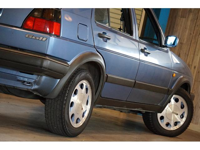 10ミリオン 限定車 内外装オリジナル 左ハンドル 3速AT(18枚目)