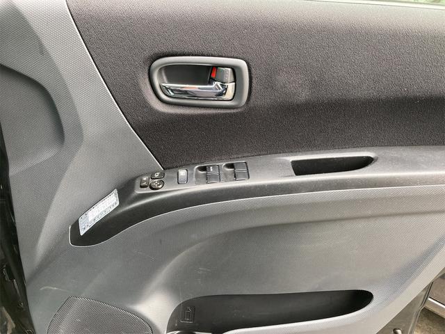 ブラック&ホワイトII シートヒーター HID 4WD ETC 盗難防止システム(4枚目)