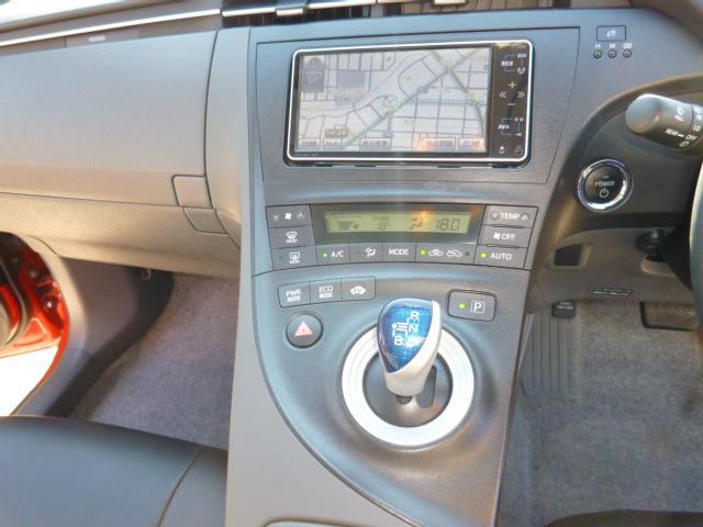 トヨタ プリウス Sツーリングセレクション LEDヘッド レイズ18AW