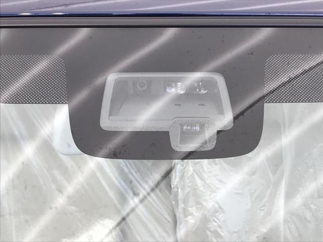 L デュアルセンサーブレーキ 後退時サポートセンサー シートヒーター スマートキー オートハイビーム オートライト オートエアコン ステアリングリモコン 禁煙車 ワンオーナー 届出済未使用車(7枚目)