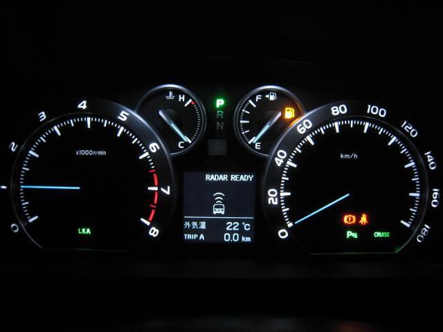 トヨタ アルファード ロイヤルラウンジLE 4WDプリクラ18SPマッサージ冷蔵庫
