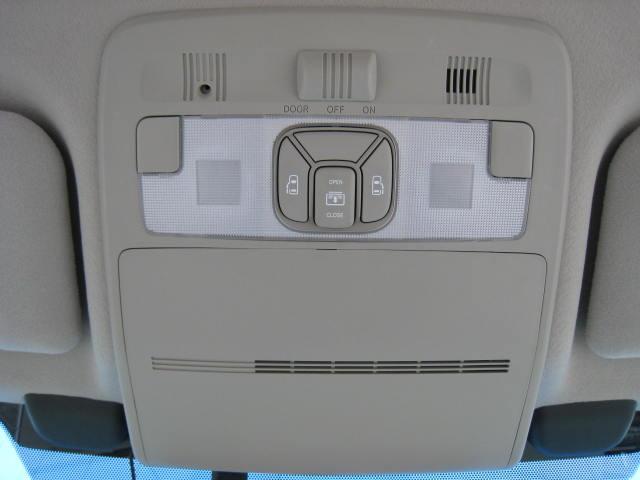 G 4WD プリクラWナビWSRサイドAB寒冷地Pアシスト(17枚目)
