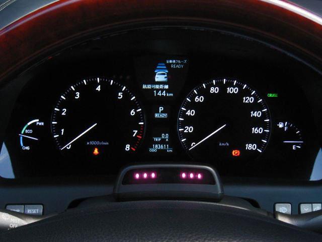LS600hL後席セパレートシートPG 4WDエアロ20AW(7枚目)