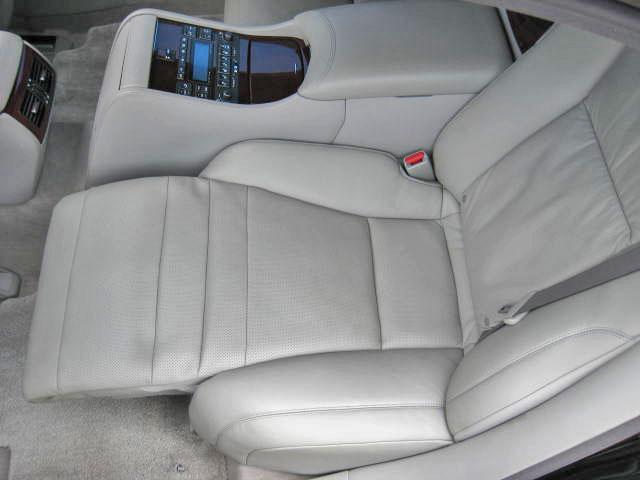 LS600hL後席セパレートシートPG 4WDエアロ20AW(20枚目)