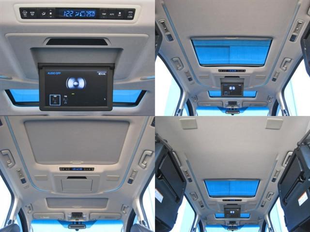 ★T-ConnectSDナビゲーションシステム(高精細9.2型TFTワイドタッチディスプレイ、Blu-ray、DVD、CD、SD、サウンドライブラリー、USB/AUX入力端子、Bluetooth対応)