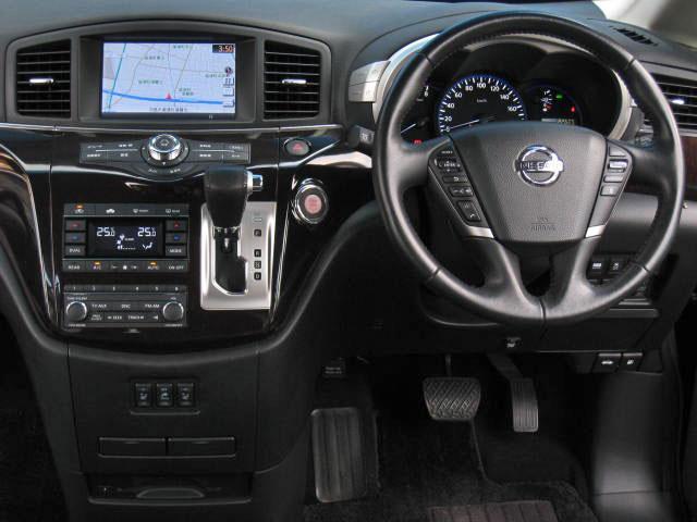 日産 エルグランド VIP 4WD踏違防止レダクル黒革RエンタWSR電動ステップ
