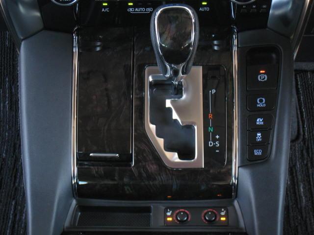 SR Cパッケージ 4WD プリクラRエンタ黒革WSR寒冷地(12枚目)