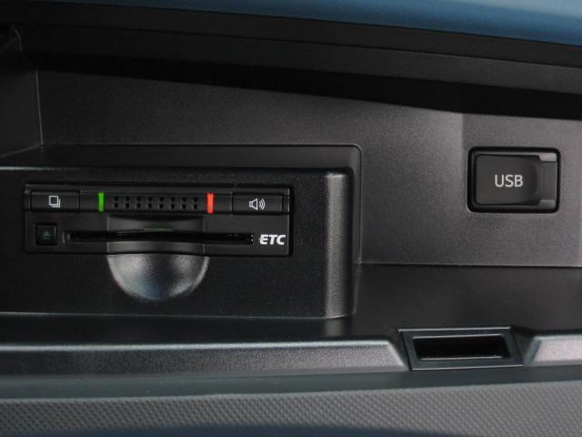 アエラス レザーパッケージ 4WD WTVWSR黒革PBドア(16枚目)
