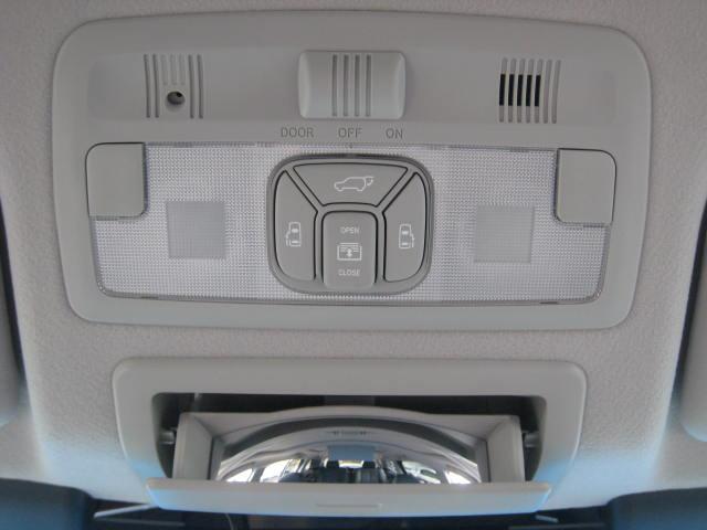 アエラス レザーパッケージ 4WD WTVWSR黒革PBドア(17枚目)